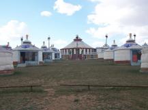 蒙古家族式蒙古包院落