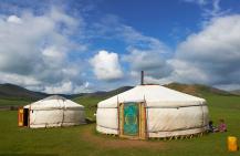 传统简易木质游牧蒙古包